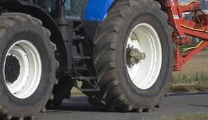 Pression-des-pneus-de-tracteur
