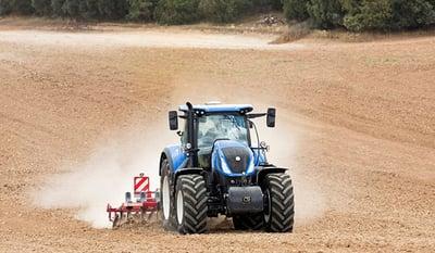 VX-tractor-le-pneu-tracteur-polyvalent